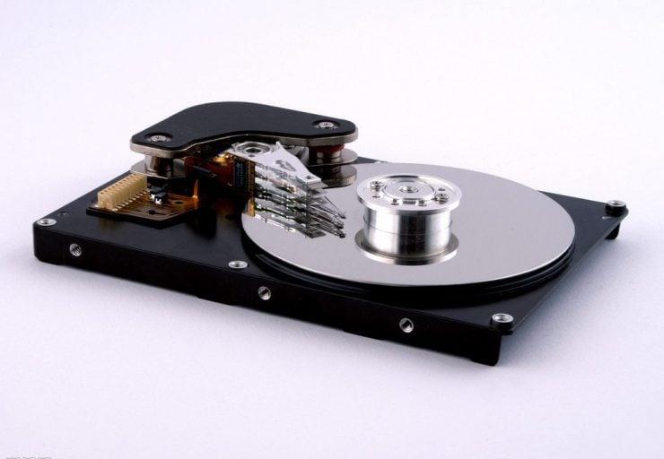 为什么磁盘可以保存信息?