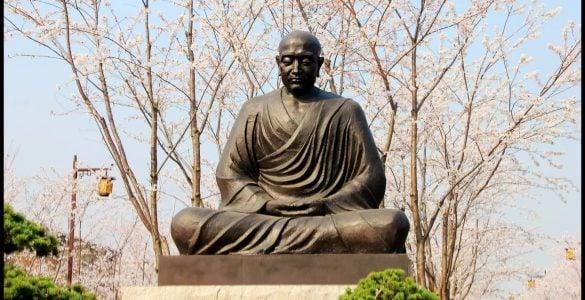 为什么鉴真和尚要东渡日本?