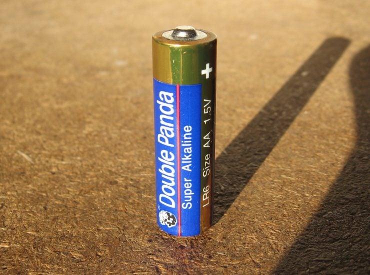 为什么碱性电池比较耐用?