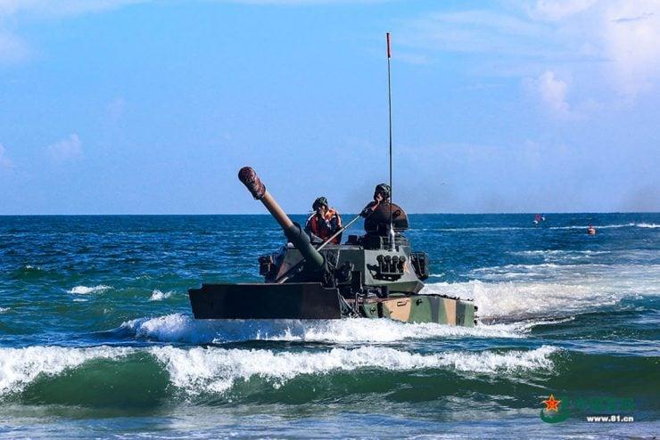 为什么有的坦克能在陆地和水中行使?