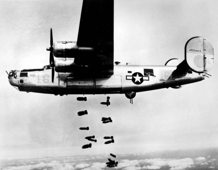 """为什么轰炸机被称做""""天空杀手""""?"""