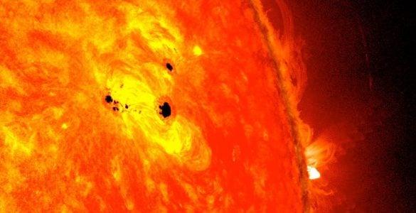 """太阳为什么会有""""太阳黑子""""?"""