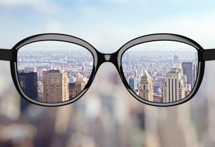 近视眼患者为什么要戴眼镜?