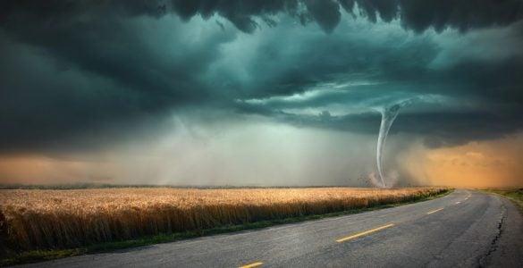 为什么会产生龙卷风?