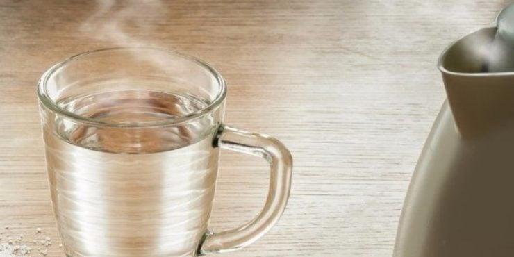 为什么发烧时要多喝开水?