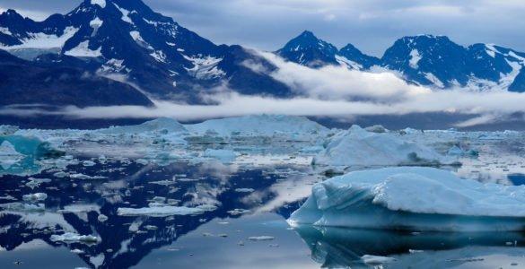 为什么冰川会流动?