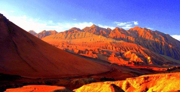 """为什么吐鲁番盆地被称为 """"火焰山""""?"""