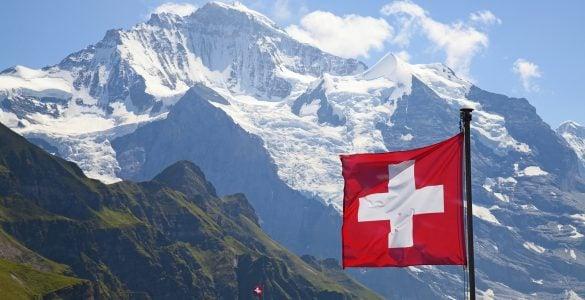 """为什么瑞士被称为""""钟表王国""""?"""