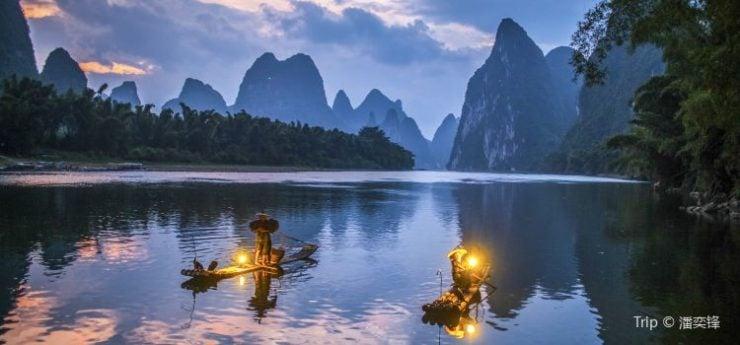 为什么桂林山水如此奇丽秀美?