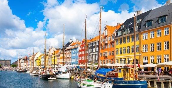 """为什么丹麦被称为""""童话王国""""?"""