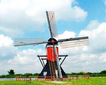 """为什么荷兰被称为""""风车之国""""?"""