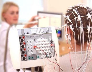 为什么做脑电图不会损伤大脑?