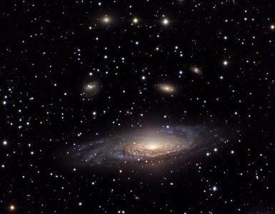 天文学家怎样证实河外星系的存在?