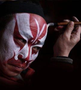 为什么戏曲演员要画脸谱?